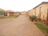 2 Bedroom 1 Bathroom Flat/Apartment for Sale for sale in Witpoortjie