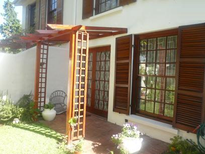 3 Bedroom Duplex For Sale in Kenilworth - CPT - Home Sell - MR023496