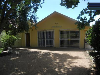 Standard Bank EasySell 3 Bedroom House for Sale For Sale in Bloemfontein - MR023548