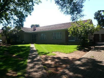 Standard Bank EasySell 4 Bedroom House for Sale For Sale in Noordheuwel - MR023567
