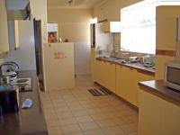 Kitchen - 5 square meters of property in Lombardy East