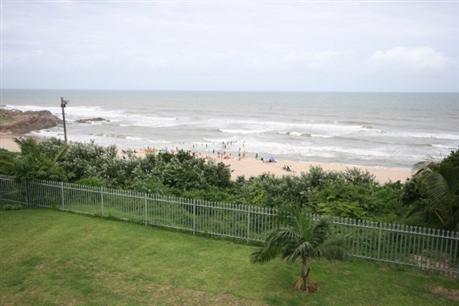 3 Bedroom Apartment To Rent in Margate - Private Rental - MR023641
