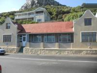 5 Bedroom 4 Bathroom in Kalk Bay