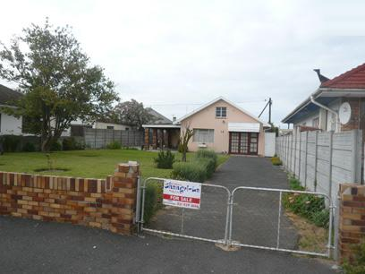7 Bedroom House For Sale in Parow Central - Private Sale - MR02414