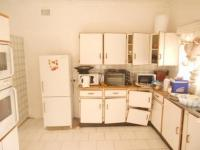 Kitchen - 25 square meters of property in Kew