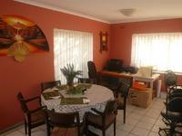 Dining Room - 14 square meters of property in Bellville