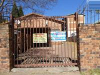 2 Bedroom 1 Bathroom in Forest Hill - JHB
