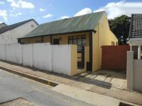 2 Bedroom 1 Bathroom in Uitenhage