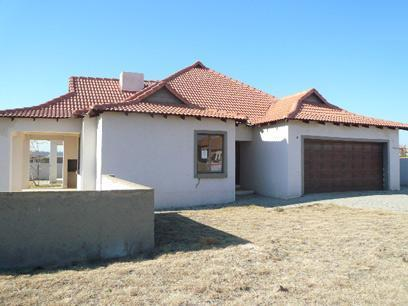 Standard Bank Mandated 3 Bedroom House For Sale in Savannah Country Estate - MR026027