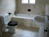 Main Bathroom - 6 square meters of property in Jeffrey's Bay