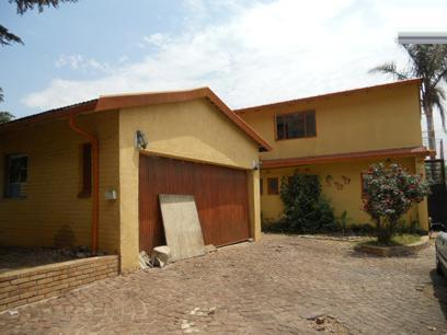 Standard Bank Repossessed 5 Bedroom House on online auction in Roseacre - MR026112