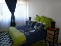 Main Bedroom - 17 square meters of property in Pretoria Central