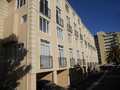 Standard Bank Repossessed 2 Bedroom Apartment for Sale on online auction in Milnerton - MR026137