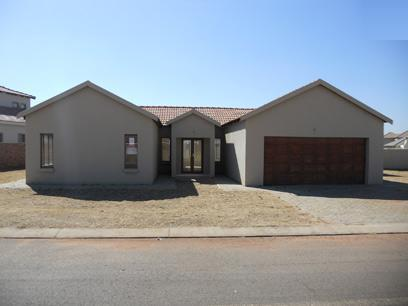 Standard Bank Mandated 3 Bedroom House for Sale on online auction in Monavoni - MR026290