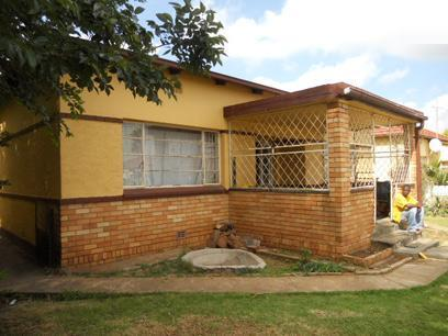 Standard Bank Repossessed 3 Bedroom House for Sale on online auction in Springs - MR026648