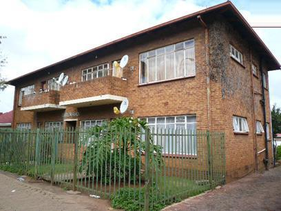 Standard Bank Repossessed 2 Bedroom Sectional Title For Sale in Kempton Park - MR026692