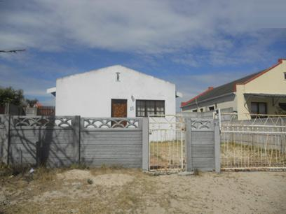 Standard Bank Repossessed 3 Bedroom House for Sale on online auction in Blue Downs - MR026700