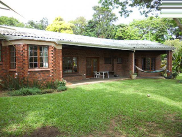 4 Bedroom House for Sale For Sale in Umkomaas - Private Sale - MR026703