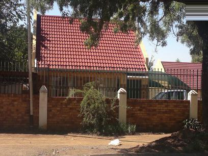 Standard Bank EasySell 2 Bedroom Sectional Title For Sale in Bloemfontein - MR026763