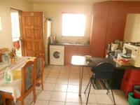 Kitchen - 13 square meters of property in Ormonde