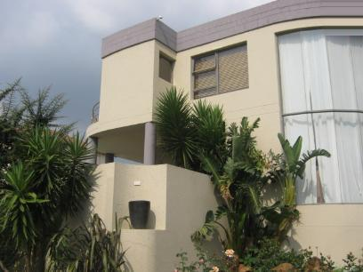 Standard Bank Repossessed 4 Bedroom House for Sale For Sale in Bassonia Rock - MR026875