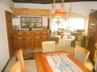 Dining Room - 22 square meters of property in Florida Hills