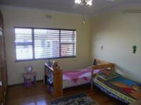 Bed Room 3 - 8 square meters of property in Parow North