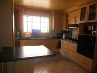 Kitchen - 13 square meters of property in Birch Acres