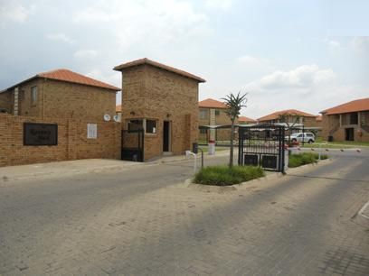2 Bedroom Duplex for Sale For Sale in Boksburg - Home Sell - MR026985