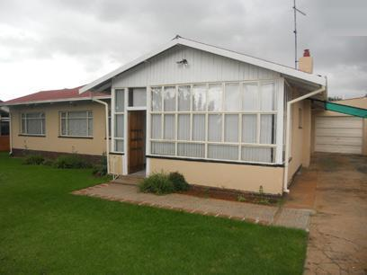 3 Bedroom House for Sale and to Rent For Sale in Strubenvale - Private Sale - MR027084
