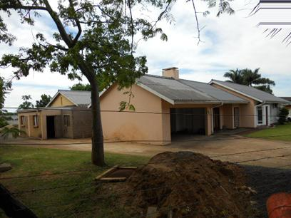 Standard Bank Repossessed 3 Bedroom House for Sale For Sale in Empangeni - MR027308