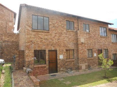 Standard Bank EasySell 2 Bedroom Sectional Title For Sale in Halfway Gardens - MR027310