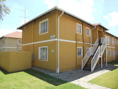 Standard Bank EasySell 2 Bedroom Sectional Title for Sale For Sale in Boksburg - MR027331