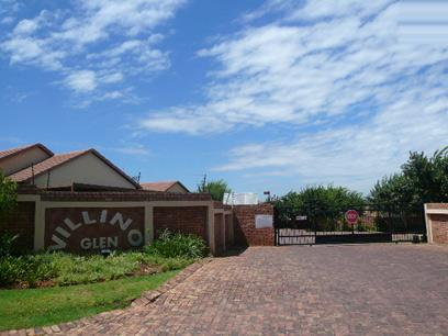 Standard Bank EasySell 2 Bedroom Sectional Title For Sale in Rooihuiskraal North - MR027581