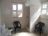 Bathroom 1 - 8 square meters of property in Umkomaas