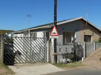 3 Bedroom 2 Bathroom in Chatsworth - KZN