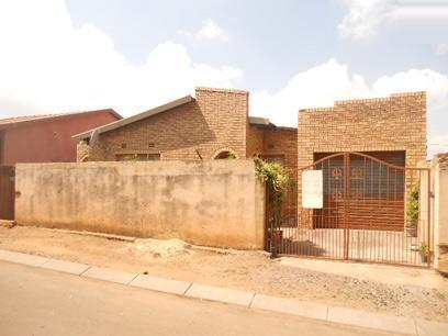 Standard Bank EasySell 2 Bedroom House for Sale For Sale in Soweto - MR027749