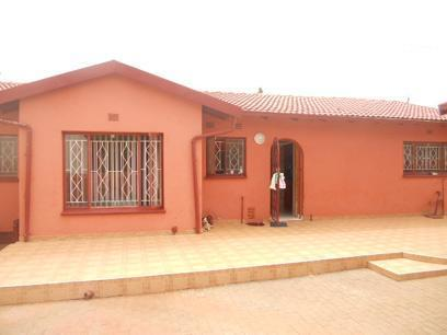 3 Bedroom House for Sale For Sale in Lenasia South - Home Sell - MR027776