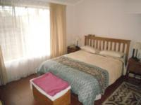 Main Bedroom - 17 square meters of property in Weltevreden Park