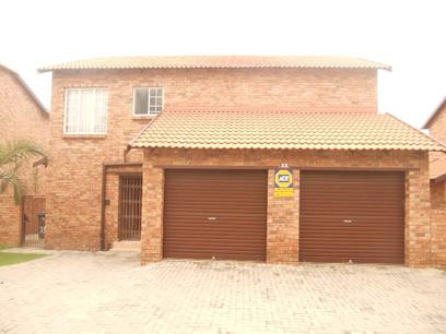 Standard Bank EasySell 3 Bedroom Sectional Title for Sale For Sale in Sundowner - MR028319