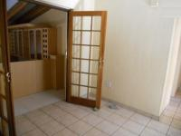 Spaces - 90 square meters of property in Brackenhurst
