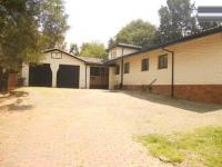 4 Bedroom 2 Bathroom in Lombardy West