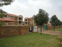 2 Bedroom 2 Bathroom in Rensburg