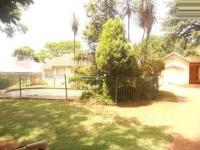 4 Bedroom 2 Bathroom in Weltevreden Park