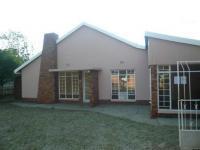 3 Bedroom 2 Bathroom in Stilfontein