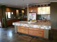 Kitchen - 44 square meters of property in Ninapark