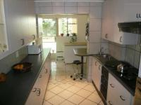 Kitchen - 18 square meters of property in Queenswood