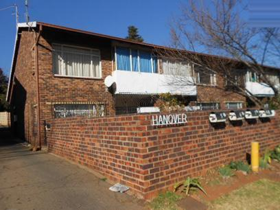 Standard Bank Repossessed 1 Bedroom Sectional Title for Sale on online auction in Windsor - MR029301