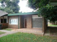 4 Bedroom 1 Bathroom in Sinoville