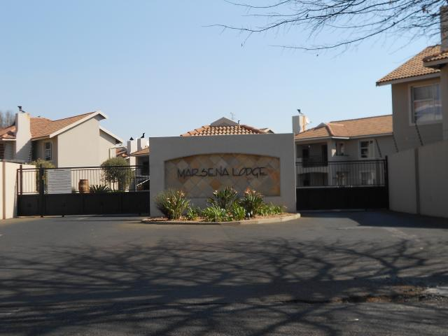 Standard Bank Repossessed 2 Bedroom Apartment for Sale on online auction in Brakpan - MR029367